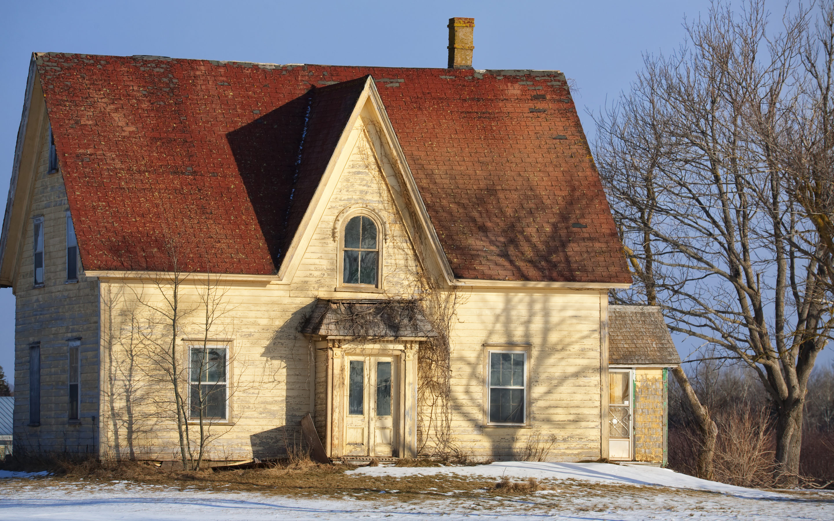 Old Country Home Renovations – Is It Worth It?
